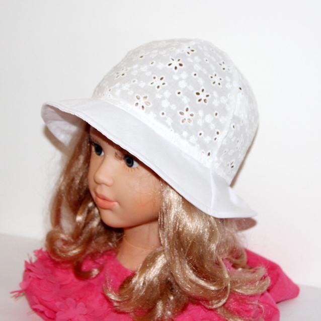 ddb8ed829 Dievčenský klobúk - Nela/ letná čiapka